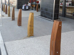 Eclipse timber bollard