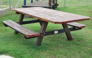 Blaxland Range Table (Disabled access)